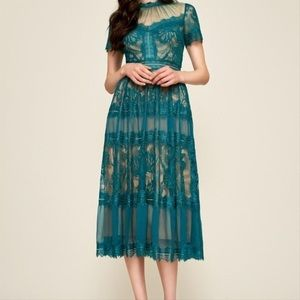 Tadashi Shoji Camilla Green Tea Length Dress